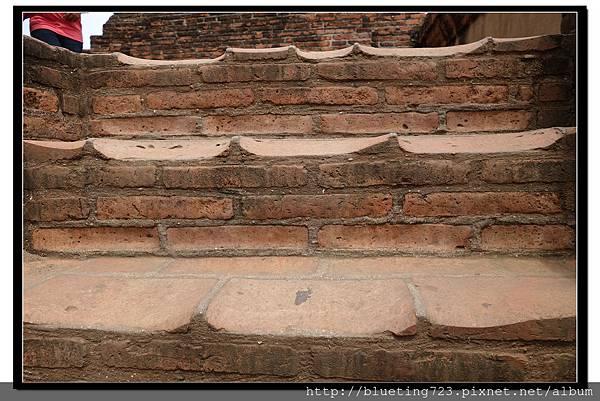 泰國大城府《Ayutthaya大城》崖差蒙空寺WAT YAI CHAI MONGKHOL 9.jpg