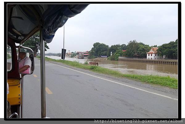 泰國大城府《Ayutthaya大城》護城河1.jpg