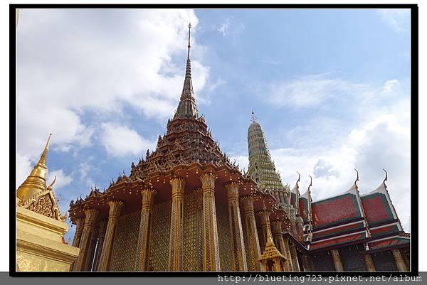 泰國曼谷《大皇宮》藏經樓.jpg