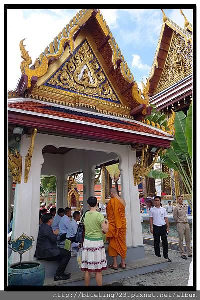 泰國曼谷《大皇宮》為國王祈福.jpg