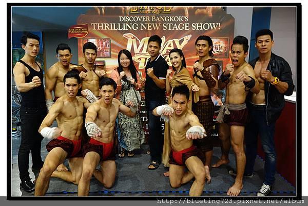 泰國曼谷《泰拳秀 MUAY THAI LIVE》合照.jpg