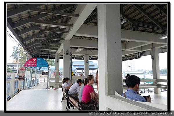 泰國曼谷《Asiatique接駁船》中央碼頭.jpg
