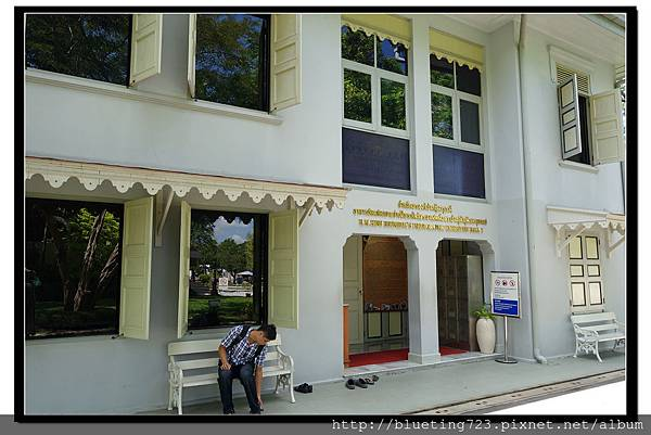 泰國曼谷《泰皇蒲美蓬攝影展一館》1.jpg