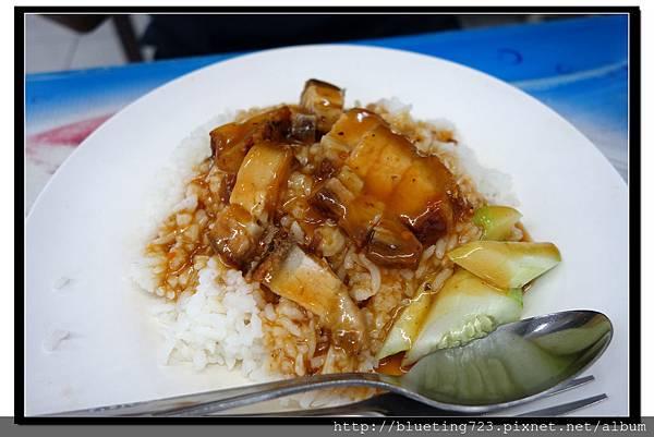 泰國曼谷《小吃攤》叉燒飯.jpg