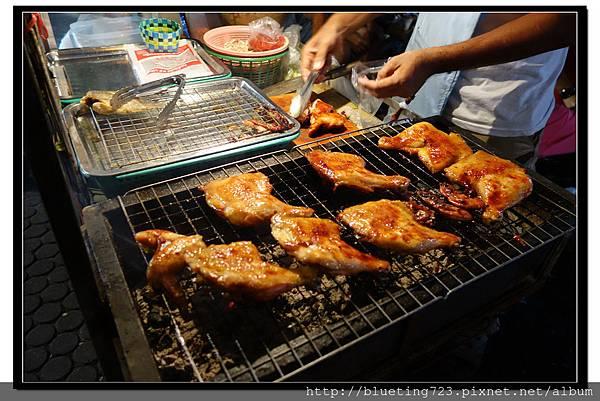 泰國曼谷小吃《泰式燒烤》烤雞腿.jpg