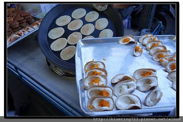 泰國曼谷小吃《椰奶煎餅》.jpg