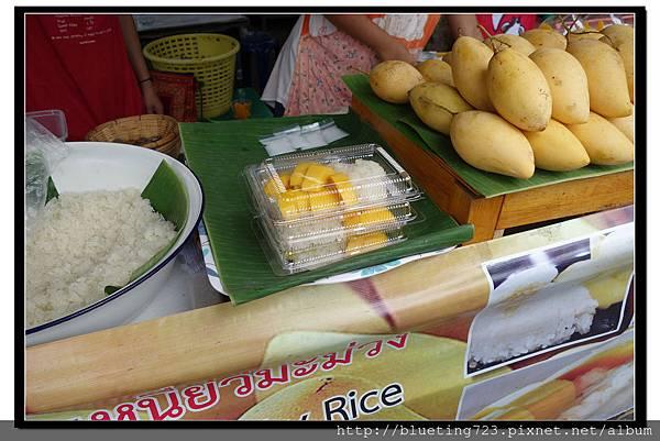 泰國曼谷《洽圖洽市集Chatuchak》芒果糯米飯 1.jpg