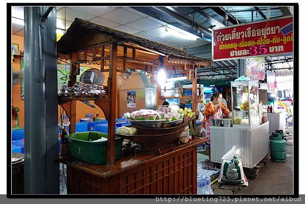 泰國曼谷《洽圖洽市集Chatuchak》麵攤1.jpg