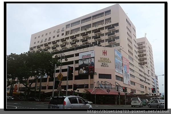 沙巴亞庇《穆迪卡購物中心》MISMA MERDEKA.jpg