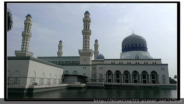 沙巴亞庇《立清真寺(水上清真寺)》8.jpg