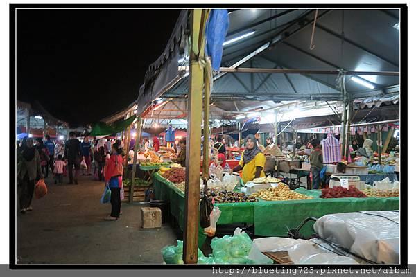 沙巴亞庇《菲律賓夜市》2.jpg