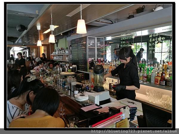 台北《Trio café 三重奏》華山4.jpg