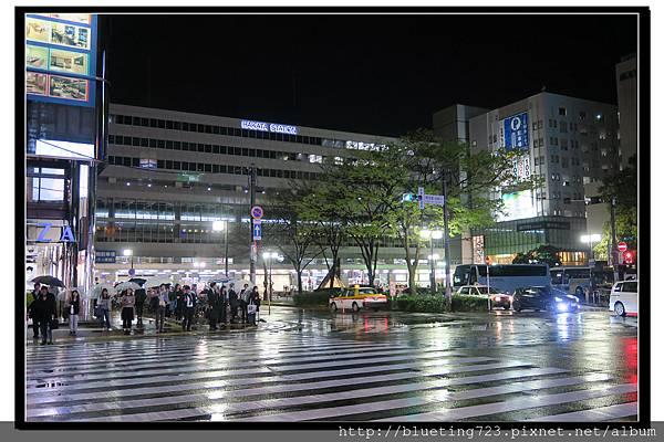 九州《博多車站》夜.jpg