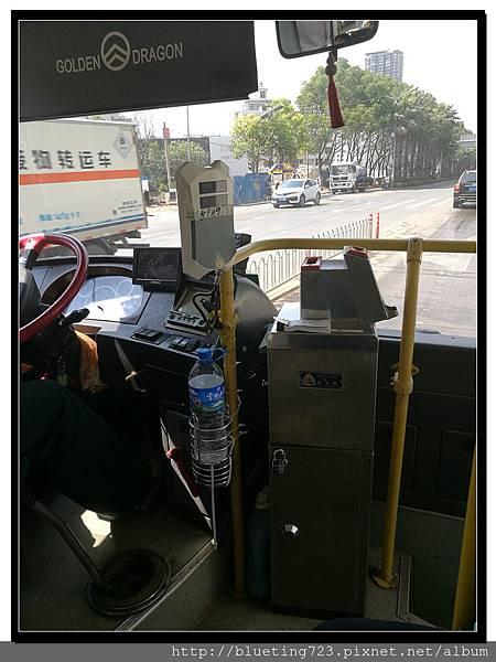雲南昆明《公交車(公車)》3.jpg