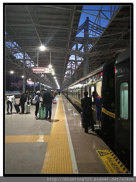 雲南《昆明火車站》18.jpg