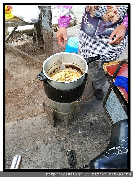 雲南麗江《早餐》粑粑2.jpg