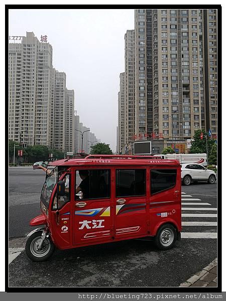 《洛陽三輪出租車》.jpg