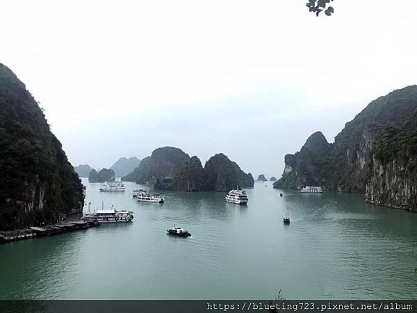 越南《下龍灣Halong Bay》驚訝洞Surprising Cave 4.jpg