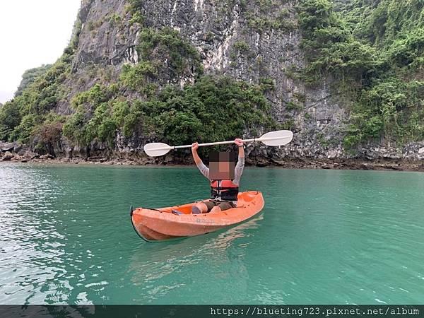 越南‧下龍灣Halong Bay《SilverSea Cruise銀海郵輪》獨木舟.jpg