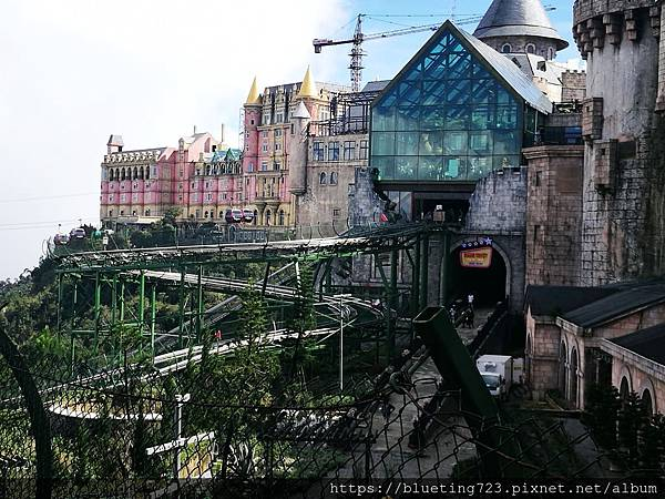 越南峴港Da Nang《巴拿山Sun World Ba Na Hills》Alpine Coaster 4.jpg