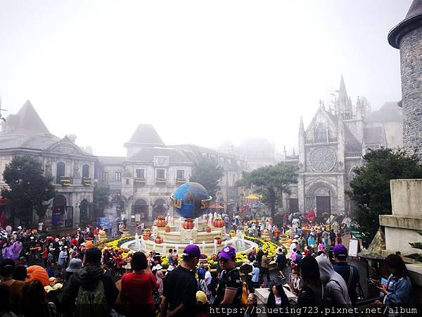 越南峴港Da Nang《巴拿山Sun World Ba Na Hills》French Village法國村1.jpg