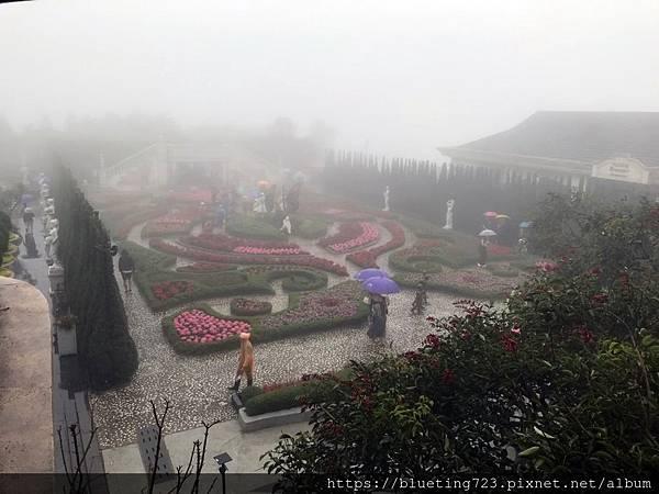 越南峴港Da Nang《巴拿山Sun World Ba Na Hills》Le Jardin d'Amour 愛情花園.jpg