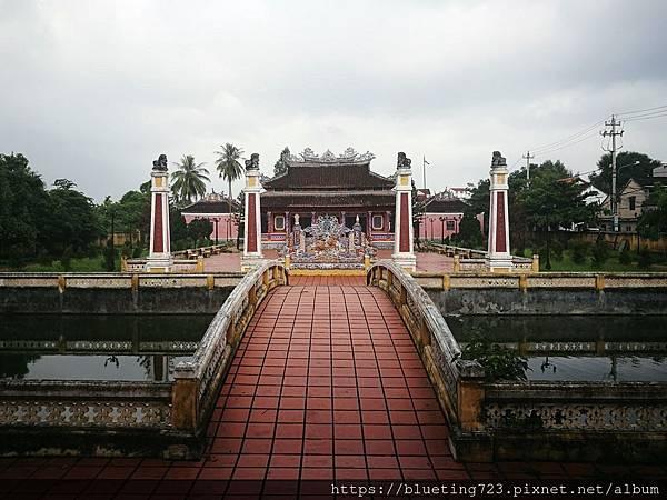 越南‧會安Hoi An《會安古城》孔子廟2.jpg