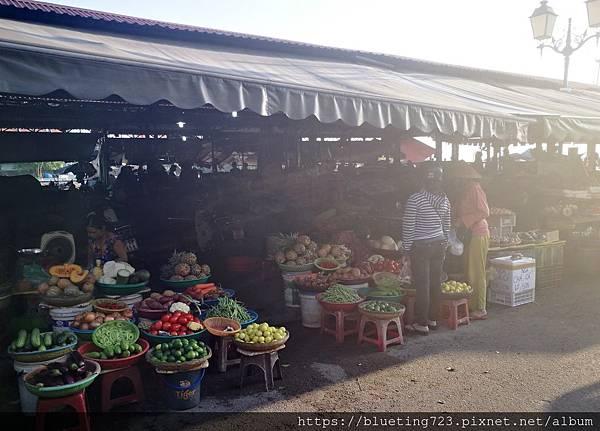 越南‧會安Hoi An《會安古城》會安市場2.jpg