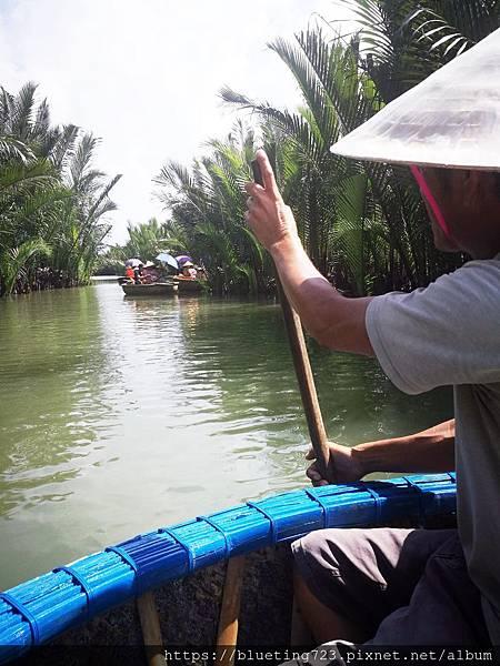 越南‧會安《迦南島Dao Cẩm Nam竹籃船》12.jpg