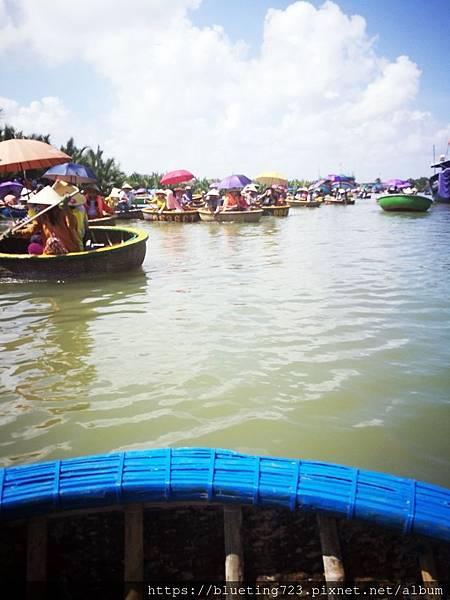 越南‧會安《迦南島Dao Cẩm Nam竹籃船》20.jpg