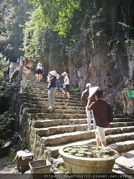 越南‧寧平《陸龍灣Mua Cave》5.jpg