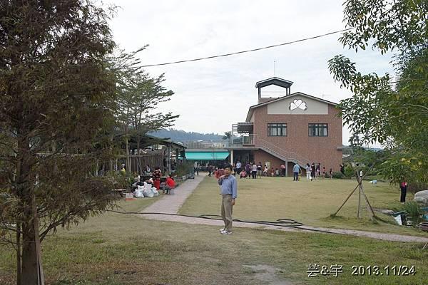 沙發后花園16.JPG