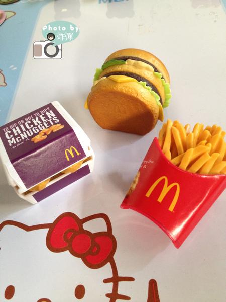 麥當勞 - 麥麥精典磁鐵3.jpg