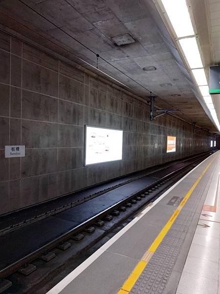板橋高鐵站_201210_2.jpg