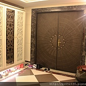 大門口和華麗的鞋櫃1.jpg
