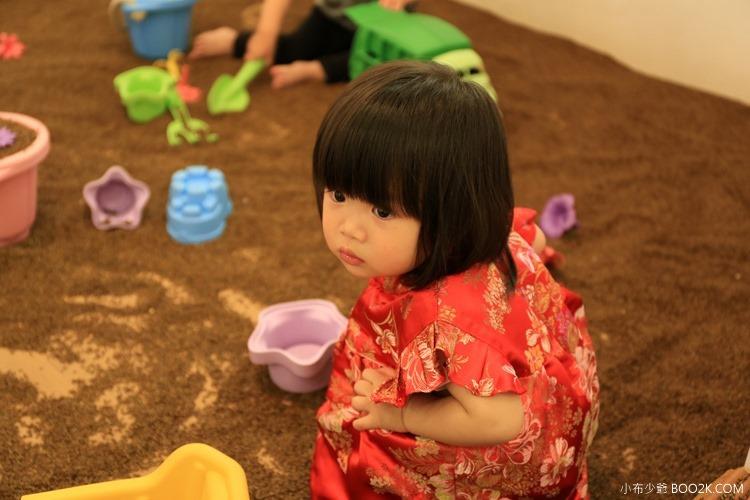 [台北親子餐廳]moooon spring 擁有室內舒適決明子沙坑,近美麗華摩天輪