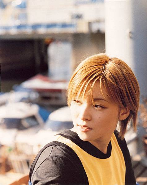 PhotoBook_Hitomi.Yoshizawa_8TEEN_058.jpg