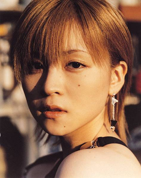 PhotoBook_Hitomi.Yoshizawa_8TEEN_077.jpg