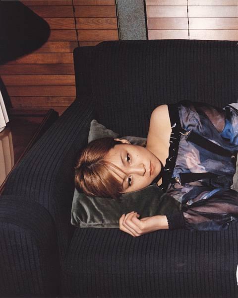 PhotoBook_Hitomi.Yoshizawa_8TEEN_080.jpg