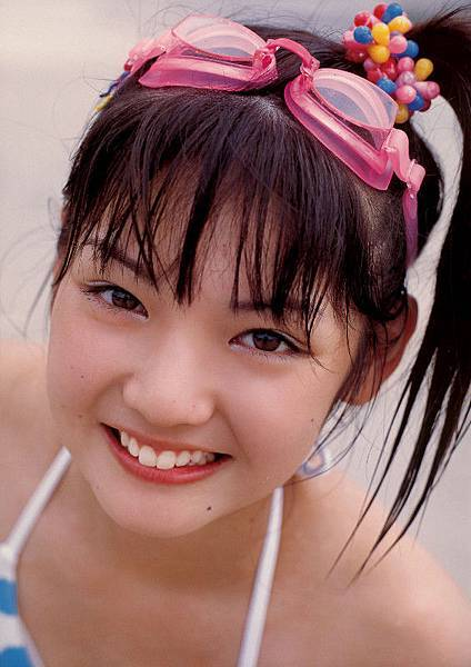 PhotoBook_Michishige.Sayumi_1ST_014.jpg