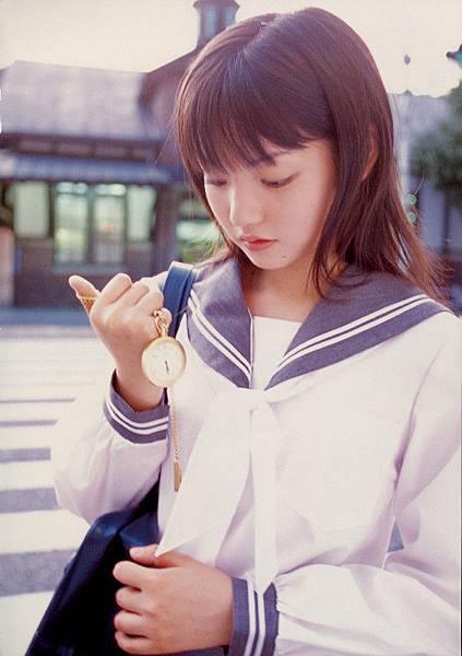 PhotoBook_Michishige.Sayumi_1ST_021.jpg