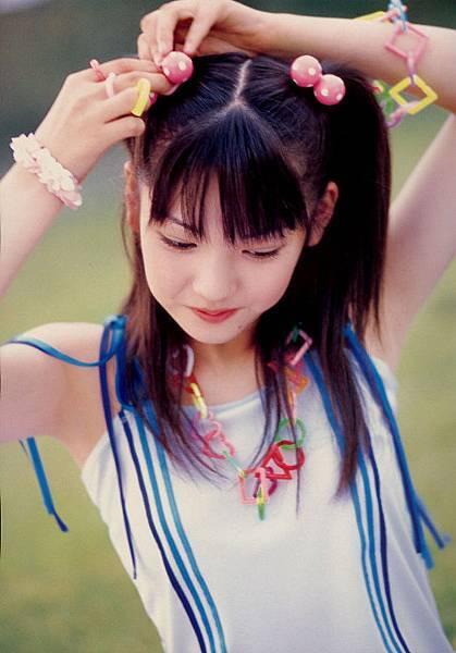 PhotoBook_Michishige.Sayumi_1ST_036.jpg