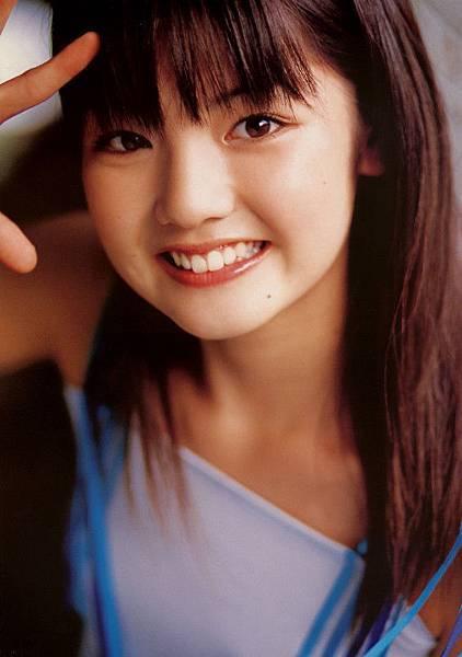 PhotoBook_Michishige.Sayumi_1ST_037.jpg