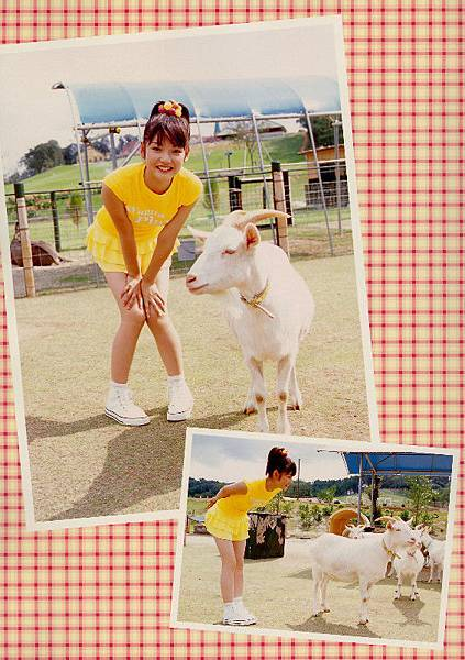 PhotoBook_Michishige.Sayumi_1ST_038.jpg