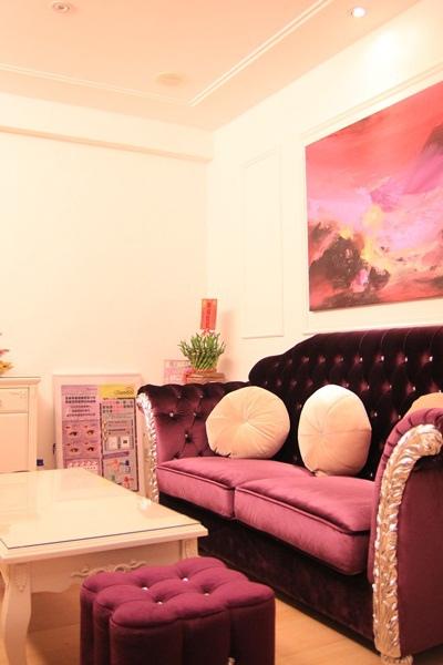 waiting room-1 (2).JPG