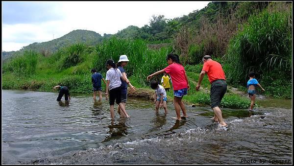 20110521 魚池雲水鄉村 (12) (wide) (web).jpg