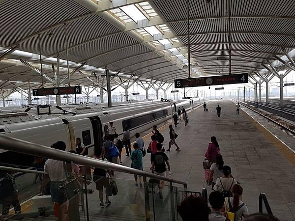 瀋陽站.jpg