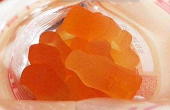 養樂多軟糖-1.jpg