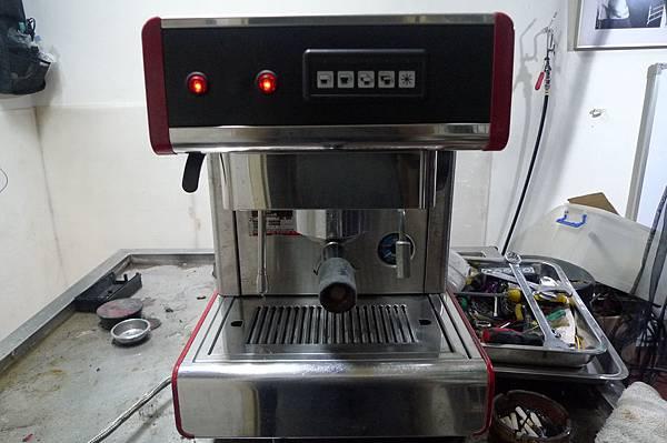 咖啡機維修 NUOVA