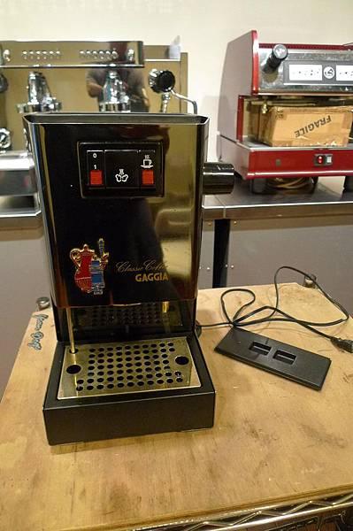 咖啡機維修 GAGGIA BABY